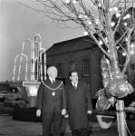 Mayor Turns On Christmas Lights