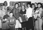Nelson League of Friends gift to Holden Centre