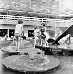 Day In The New Town Centre Fountain