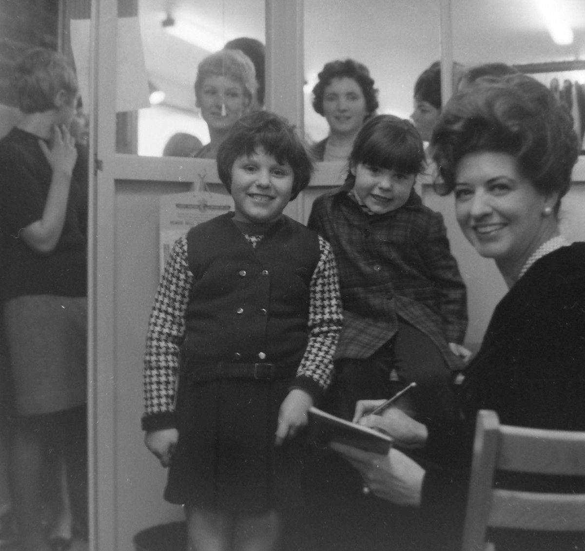 Elsie Tanner Opened Firm's New Store (1 of 3)