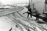 Hazards as snow falls down